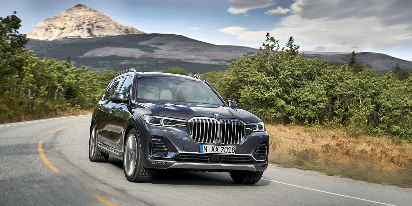 Отличия BMW X5 и BMW X7. Экстерьер, интерьер, характеристики.