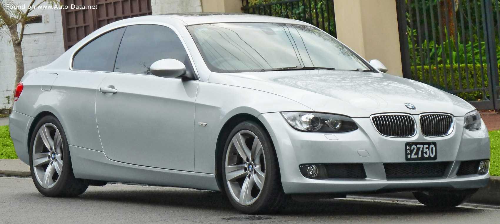 BMW 320i E92 3 Series - параметры - фото