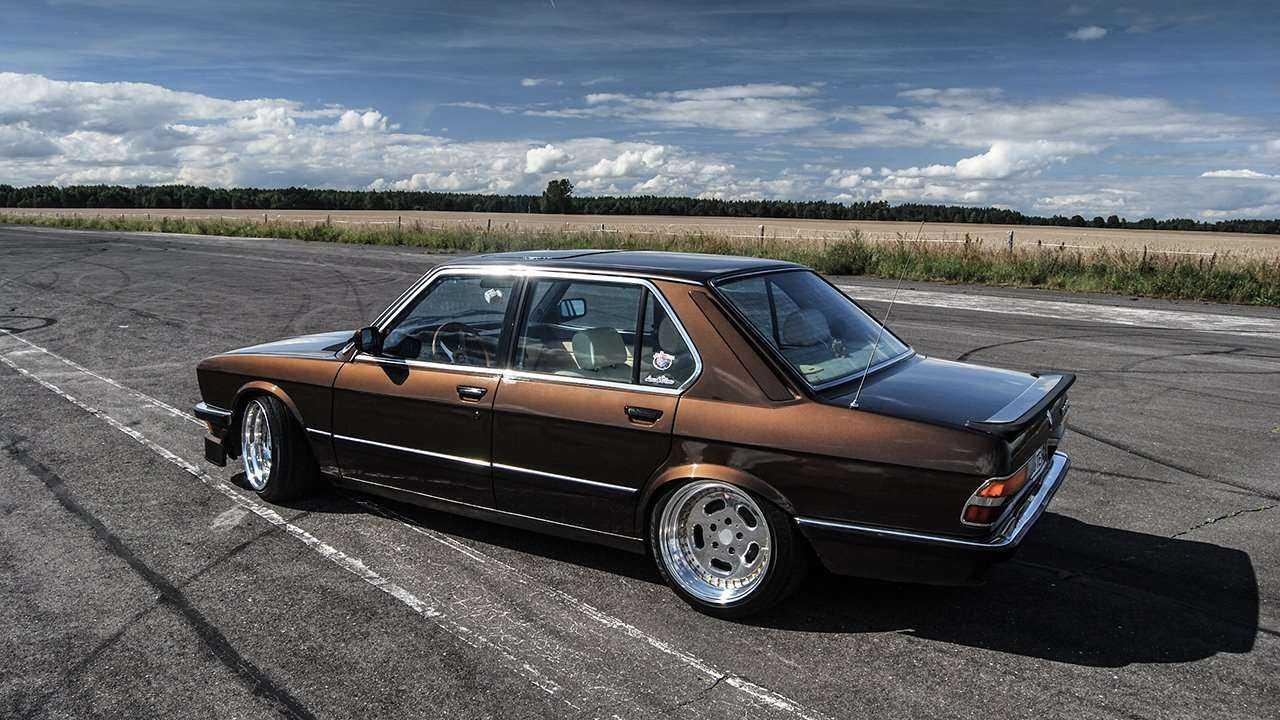 BMW 524d E28 5 Series - ттх - фото