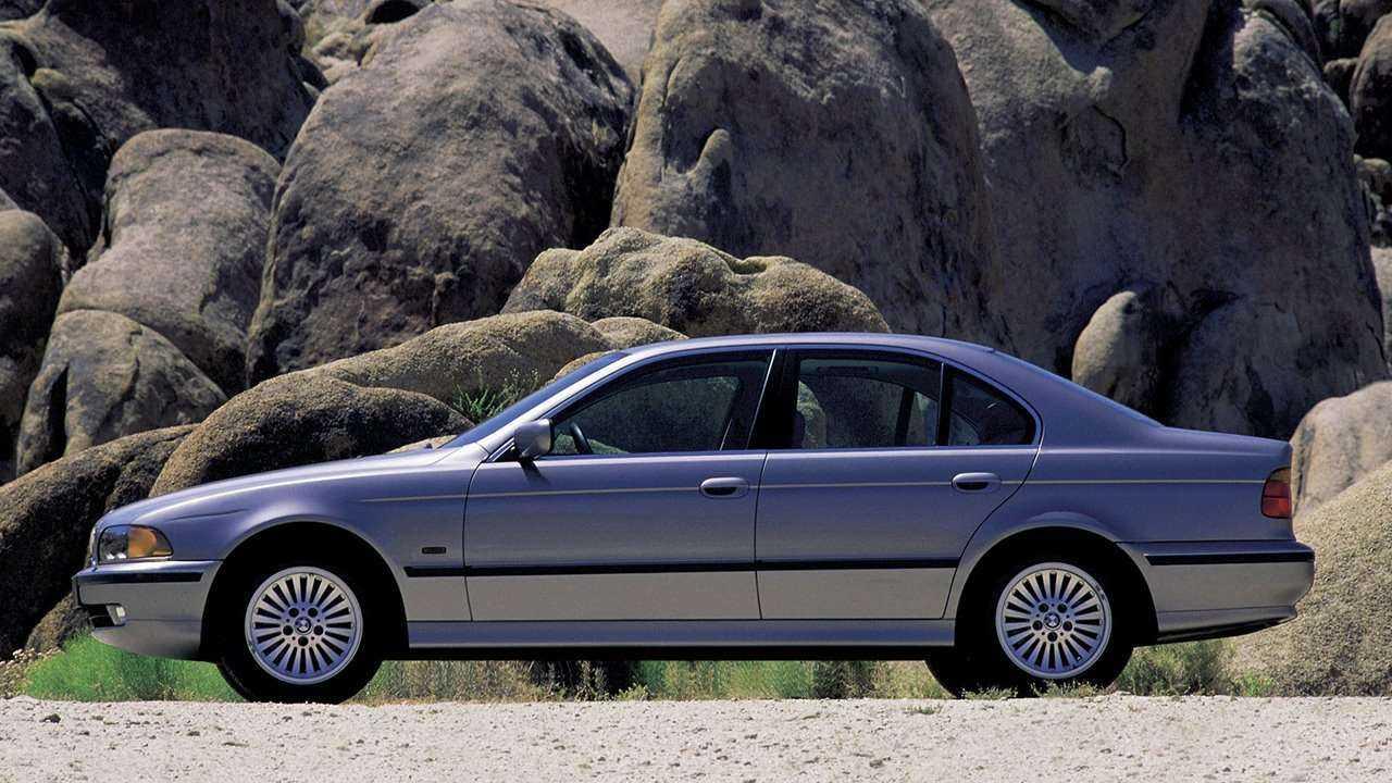 BMW 525 E12 5 Series - ттх - фото