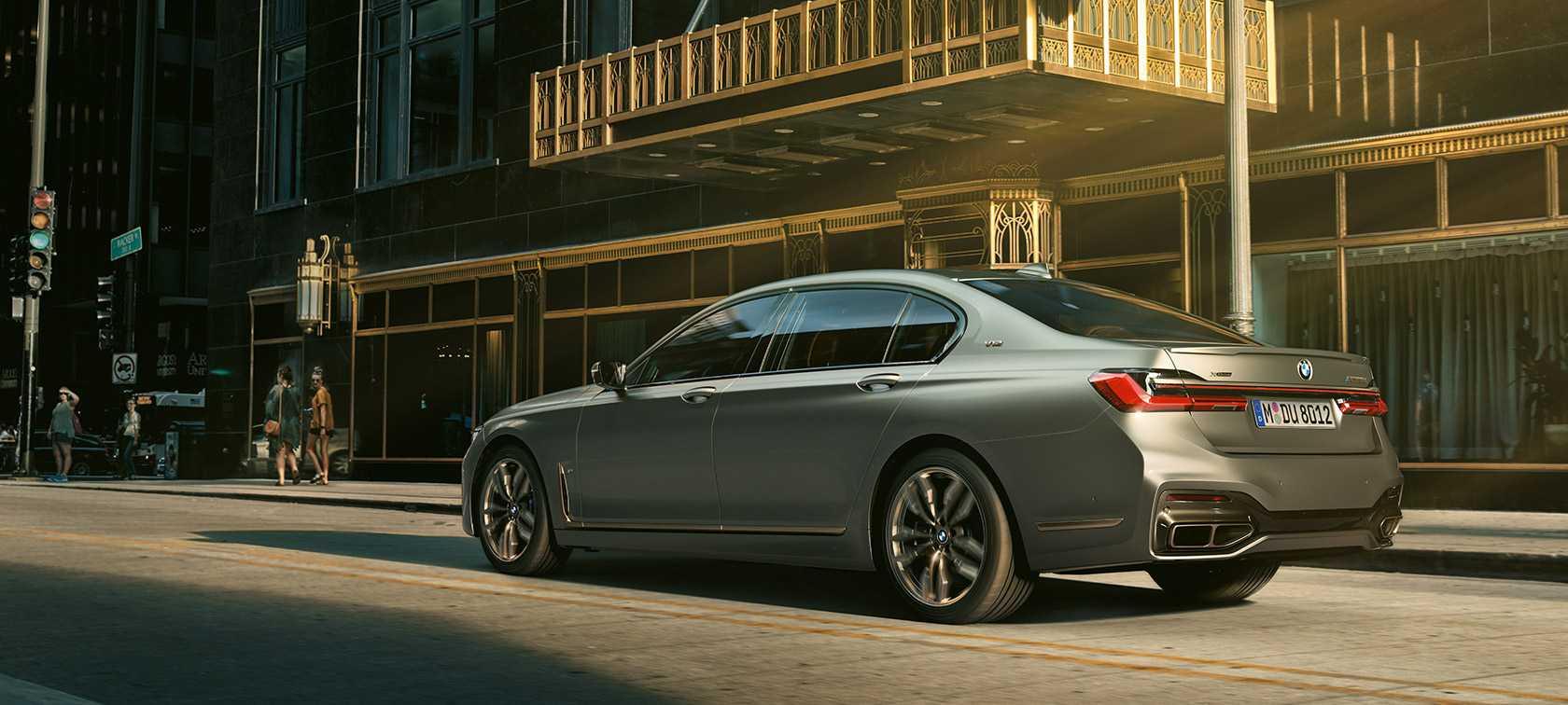 Технические характеристики БМВ 7 серии 2019-2021 Long M760Li xDrive 6.6 AT 4x4 609 л.с., седан: BMW 7