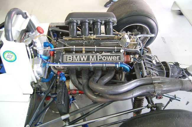 BMW E46 Touring - характеристика - фото - видео