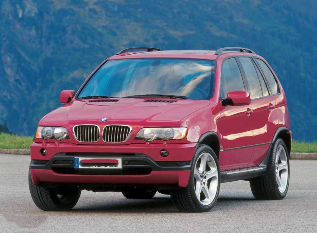 """Все поколения BMW X5: от """"народного"""" Е53 до совершенного G05"""