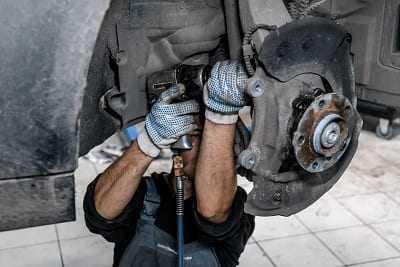 Замена ступицы для автомобилей BMW 550i (F10/F11/F07) в Москве. Звоните сейчас! Дисконт!
